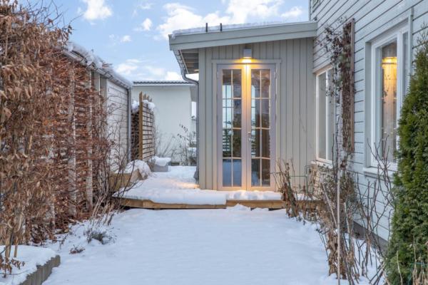 Härligt hus med fantastisk utbyggnad, stor altan och kanonläge!
