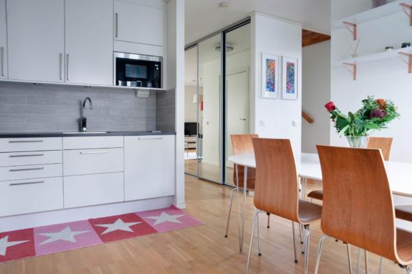 120 kvm i lugnt hörnläge med nyrenoverat kök