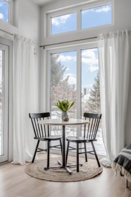 Välkommen till denna nybyggda ljusa minivilla om 1,5 rum i natursköna Väsjön