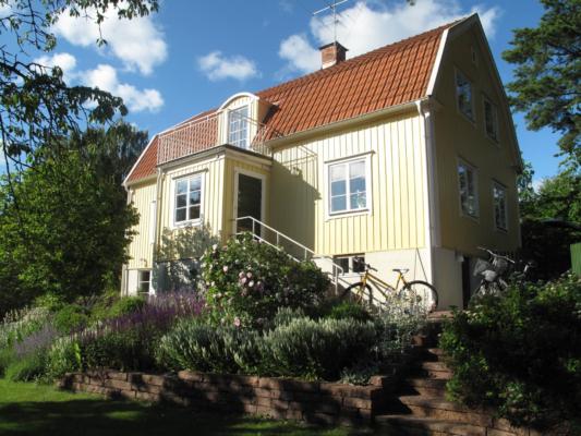 Vacker solskensvilla i Edsviken!